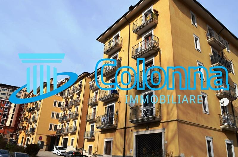 Appartamento nel centro storico 3 vani con sottotetto e posto auto coperto