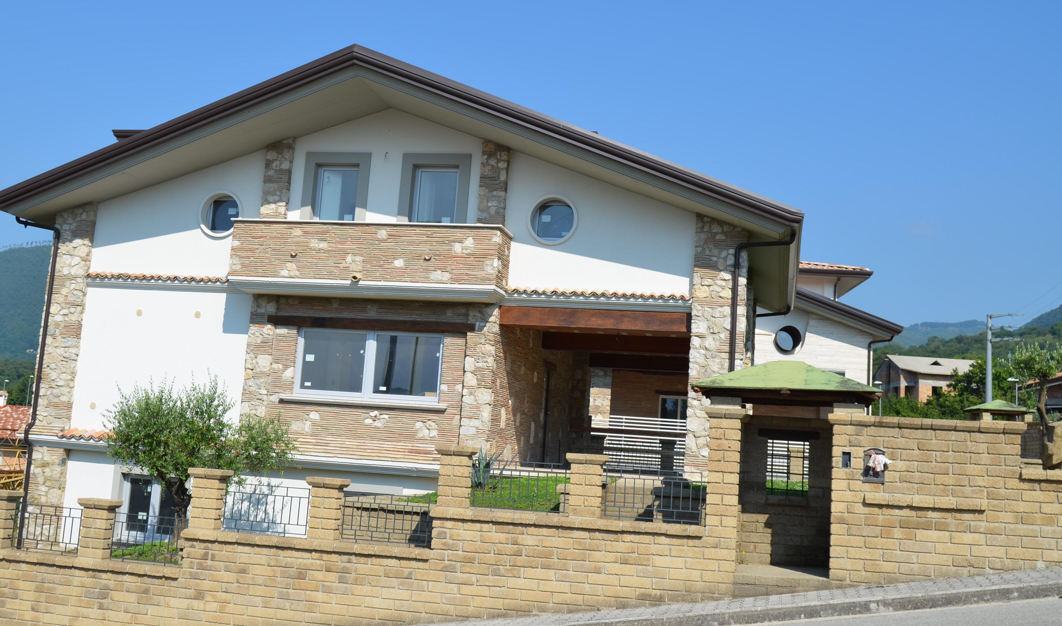 Villa indipendente con giardino di nuova costruzione a pochi km da Avellino