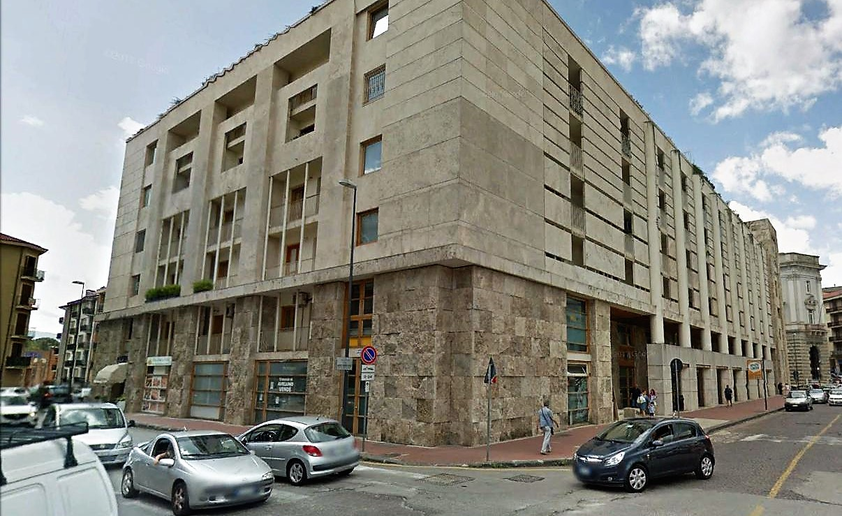 Avellino (AV) Piazza Libertà angolo Generale Cascino