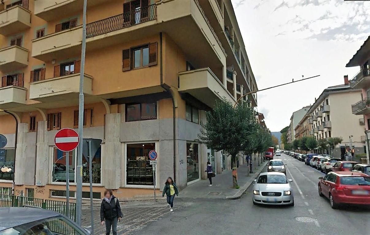 Avellino (AV) Corso Europa, angolo via Zigarelli