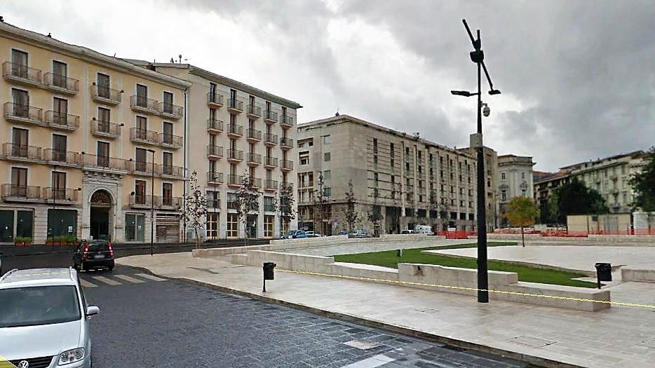 Avellino (AV) Via Rifugio adiacente piazza Libetà