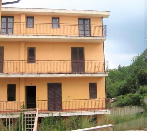 Monteforte Irpino (AV) Localita' Campi (via Nazionale)