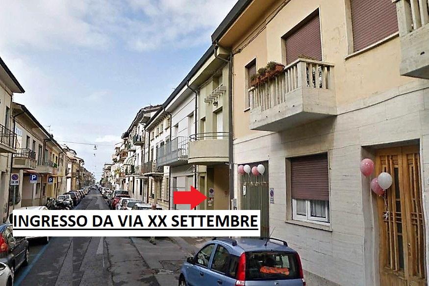 Casa semindipendente su tre livelli a Viareggio