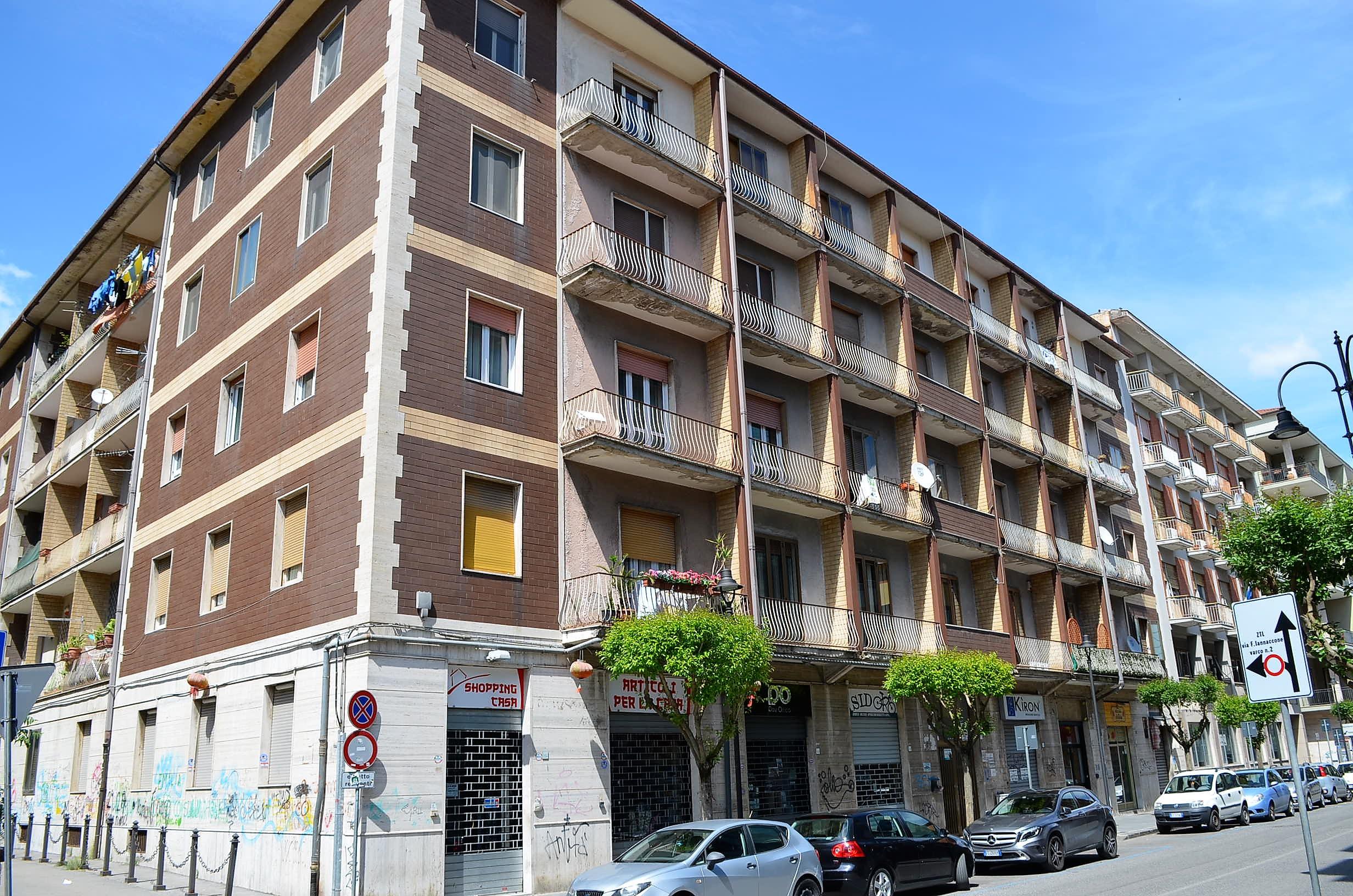 Avellino, Corso Europa, appartamento ristrutturato