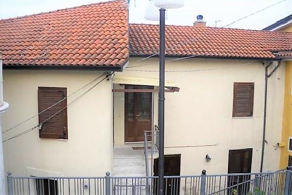 Capriglia Irpina (AV) Via Castello
