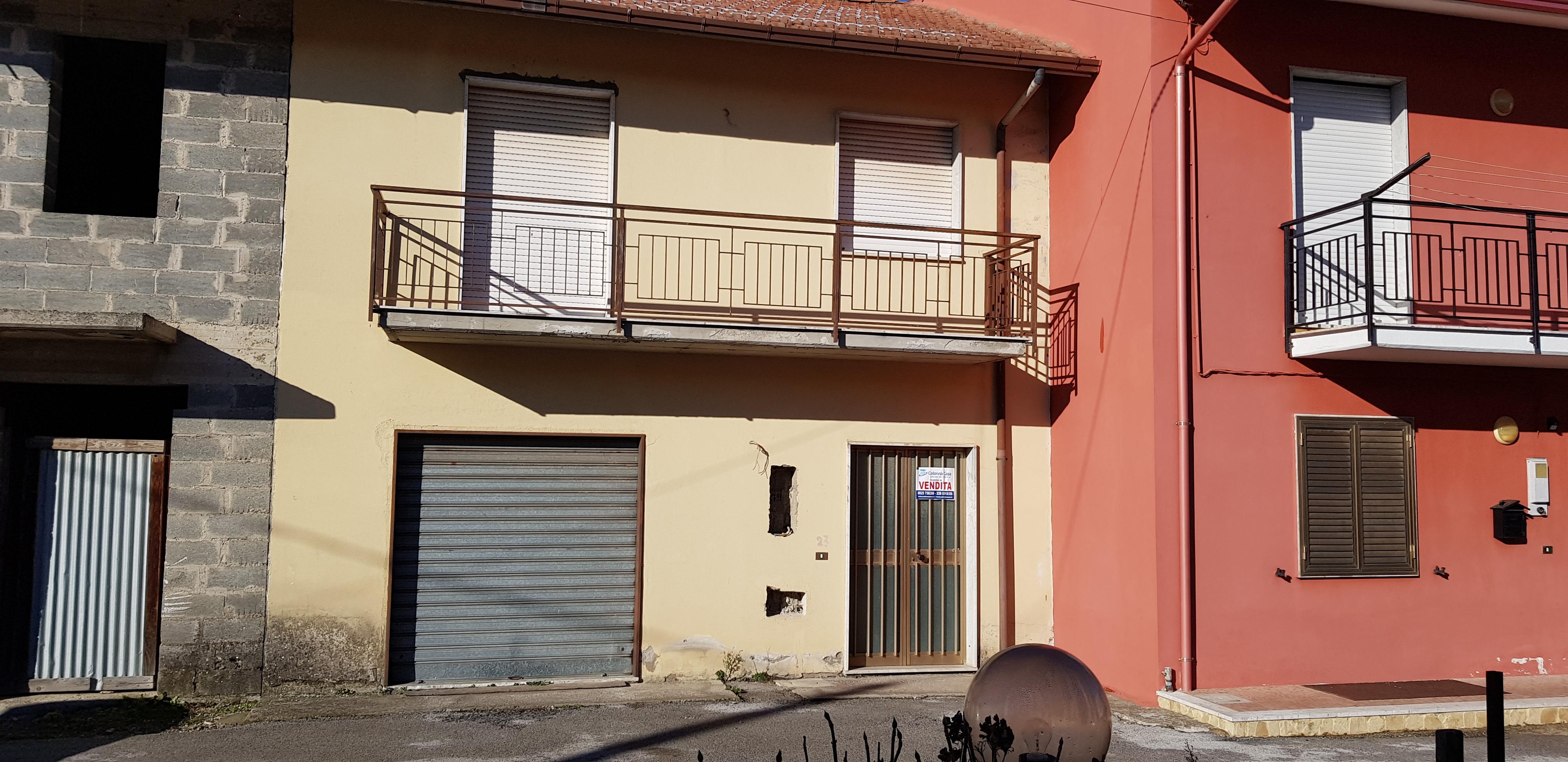 Forino (Av), Casa indipendente con corte esclusiva