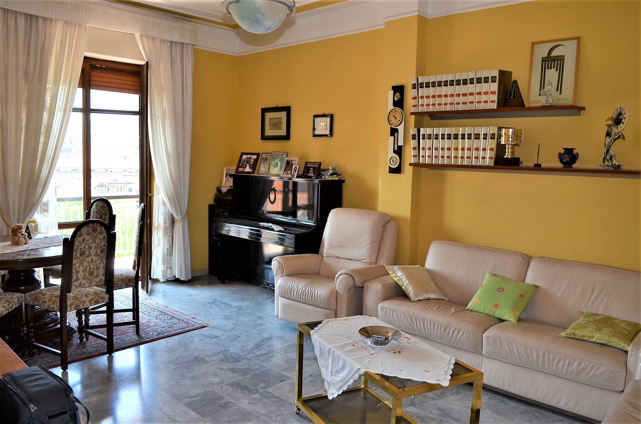 Appartamento di circa 150 mq in zona Via Carducci