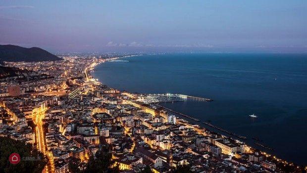 Salerno (SA) Cessione ristorante al centro di Salerno