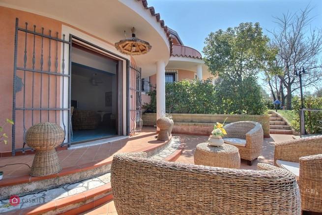 Belvedere Marittimo (CS) Villa con piscina