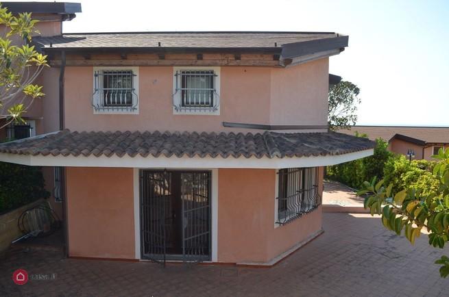 Belvedere Marittimo (CS) Appartamento in villa in parco con giardino