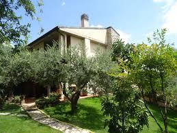 Monteforte Irpino (AV) Villa porzione bifamiliare con giardino e gazebo