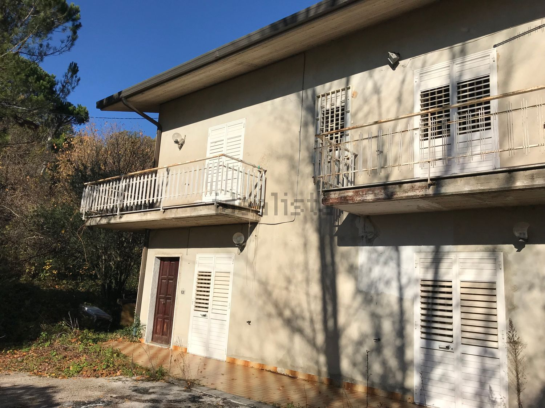 Summonte (AV) Casa indipendente con terreno