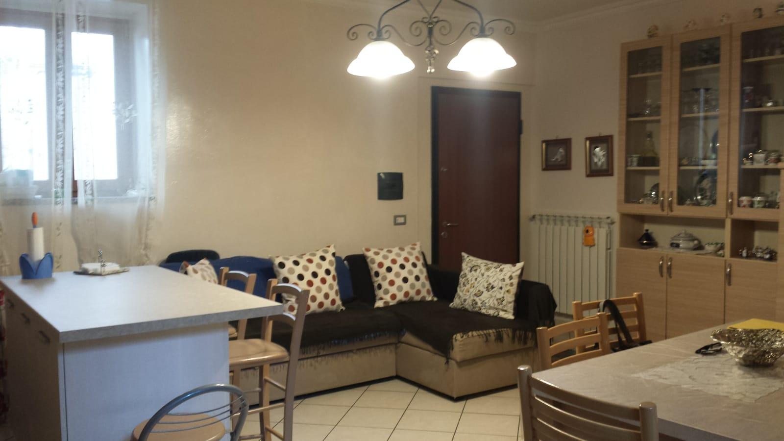 Montoro (AV) Appartamento semindipendente con box auto a Montoro