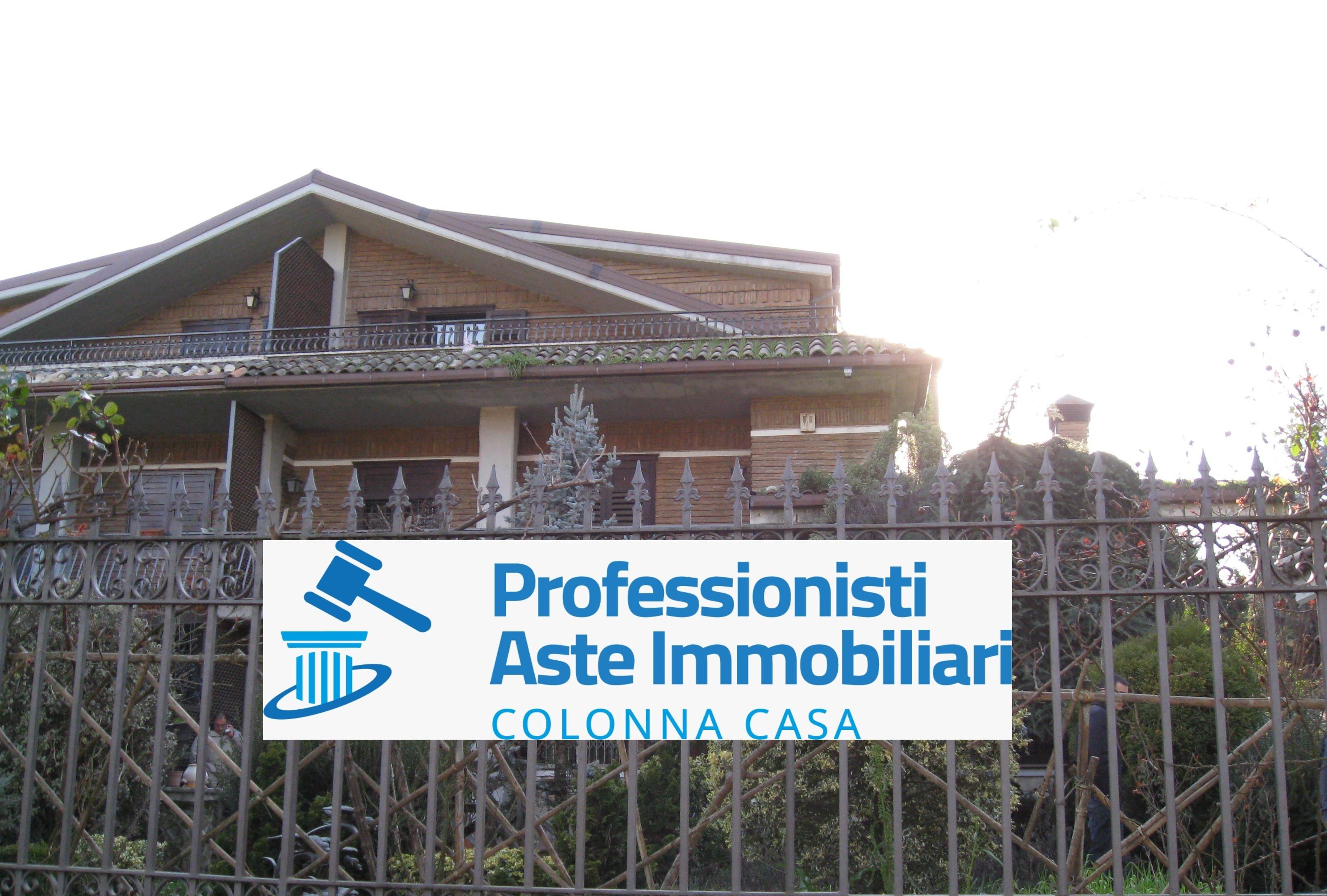 Monteforte Irpino (AV) Villa con giardino