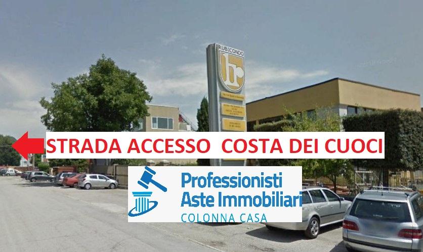 Avellino (AV) Fabbricato mq. 350 e terreno mq. 5.000