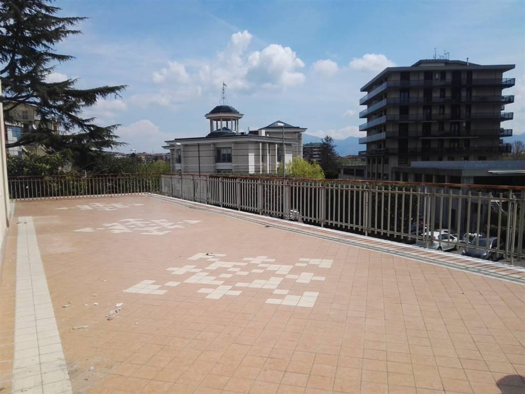 Avellino (AV) Appartamento con terrazzo nei pressi dell'Hotel de la Ville