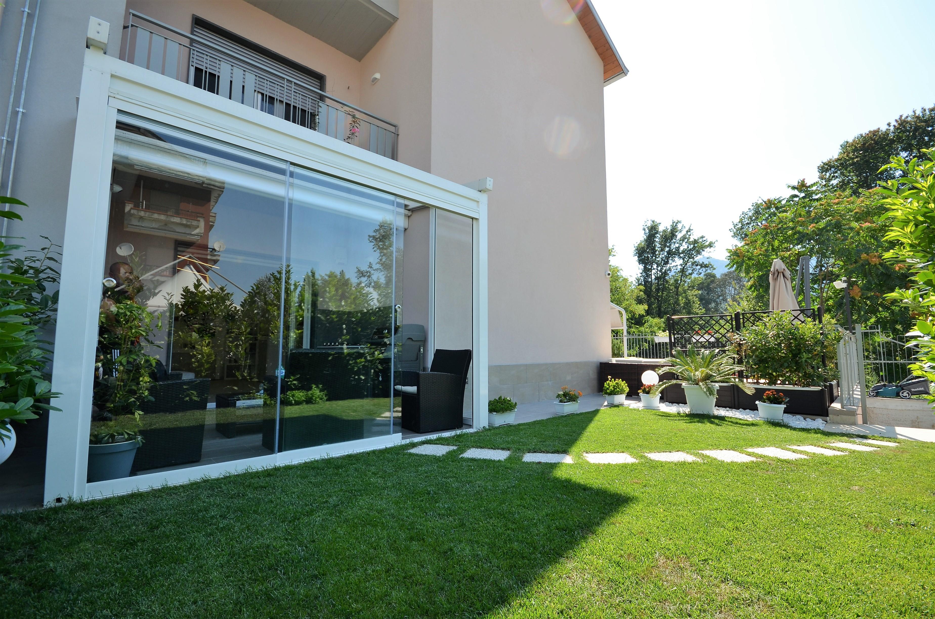Baronissi (SA) Appartamento con tavernetta, box e giardino